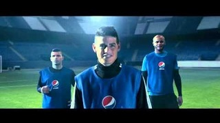 Pepsi Max - Blue Card Football