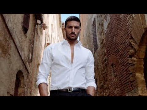 "Dolce & Gabbana K - Advert song""></a></p><p>This new advert video by Dolce & Gabbana promotes their new masculine fragrance 'K' with the help of Italian fashion designer and model Mariano Di Valo. The commercial features Mariano walking in the vineyards of the Italian hill town, Montepulciano</p> ... <a href=https://www.sounds-familiar.info/2019/09/video-dolce-gabbana-k-mariano-di-vaio/ >Read More</a>.</div><footer class=entry-footer> <span class=tags-links>Tagged <a href=https://www.sounds-familiar.info/tag/dolce-gabbana/ rel=tag>Dolce & Gabbana</a> </span></footer></article><article id=post-14088 class="