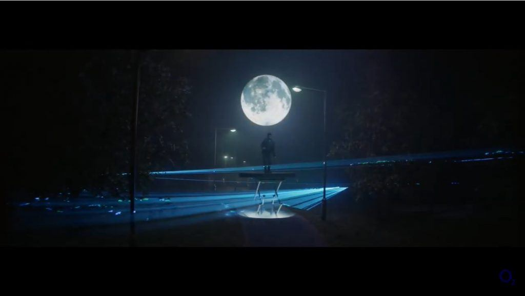 O2 - Moonlight Dancing Advert Music