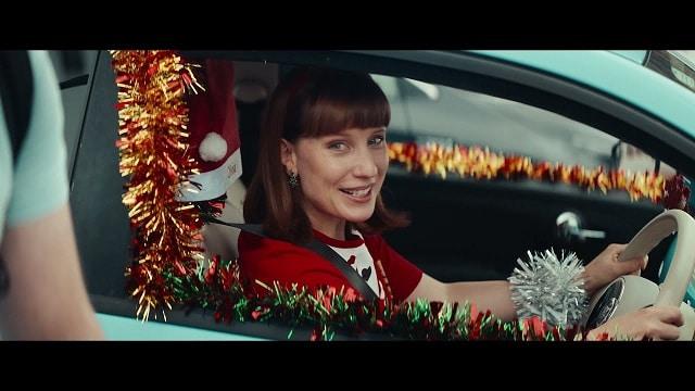 Studio Christmas 2021 advert - Team Early